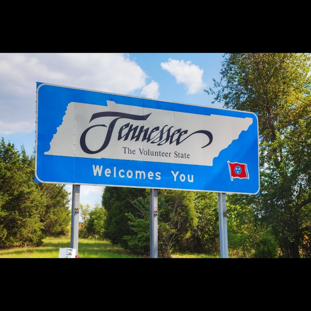 Road sign reads Tennessee Welcomes You