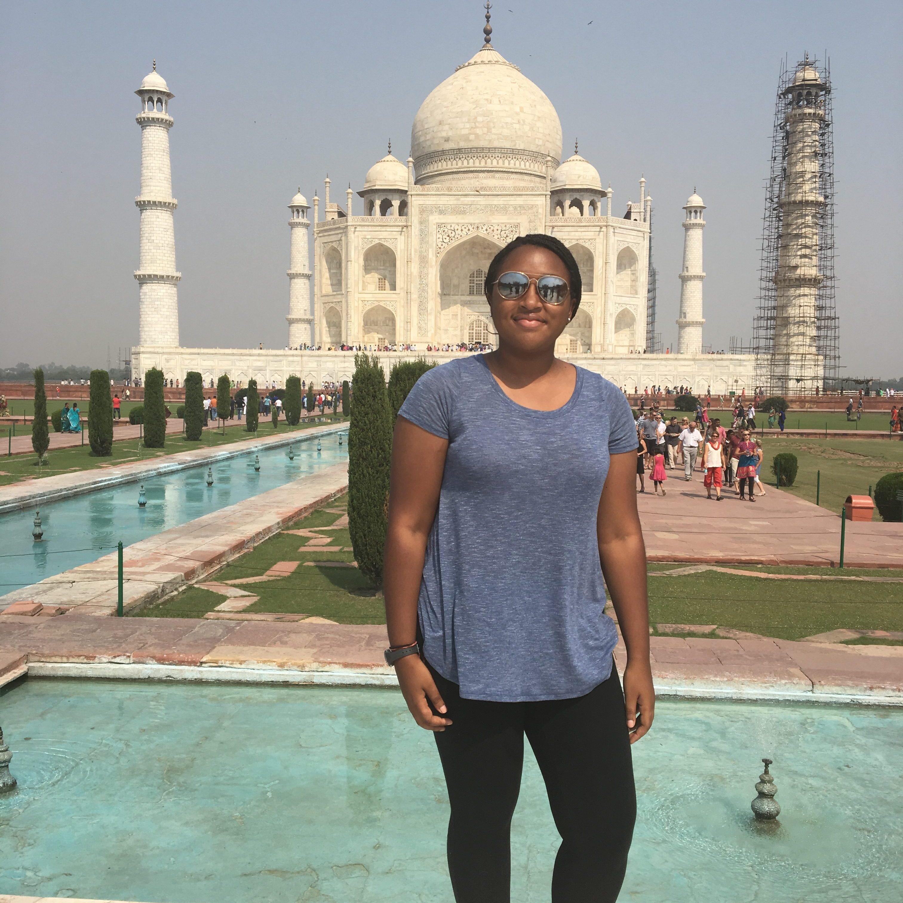 Olivia-Harris-India-IMG_3925