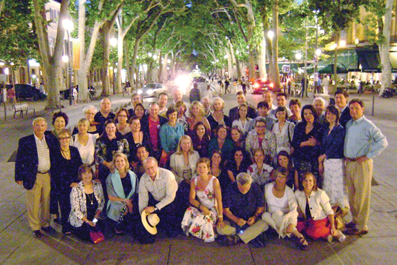 Reunion attendees assemble on the famous Cours Mirabeau in the center of Aix-en-Provence.