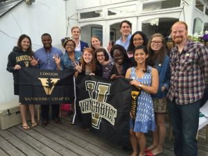 Cohort meets with the Vanderbilt Alumni Chapter in London