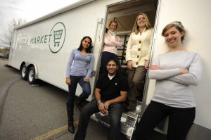 Nashville Mobile Market Founder Ravi Patel and his founding team.