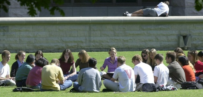 Students on Wilson Lawn