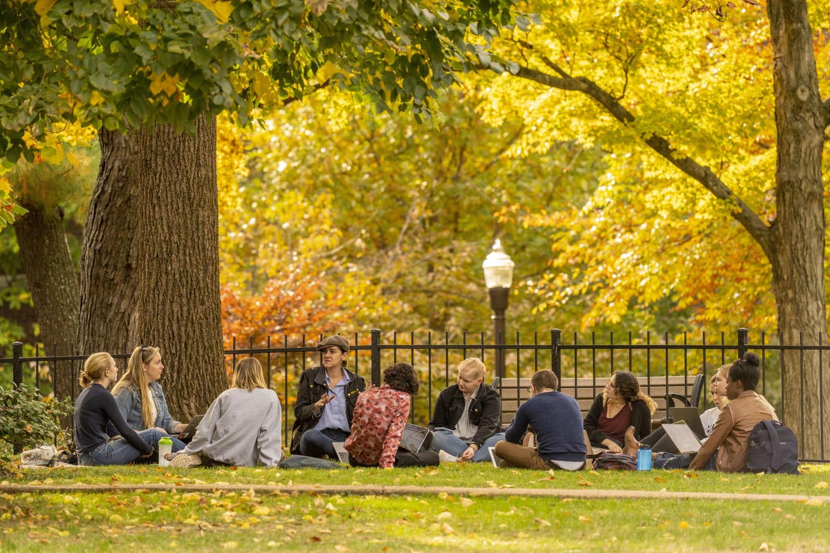 Fall class on Campus