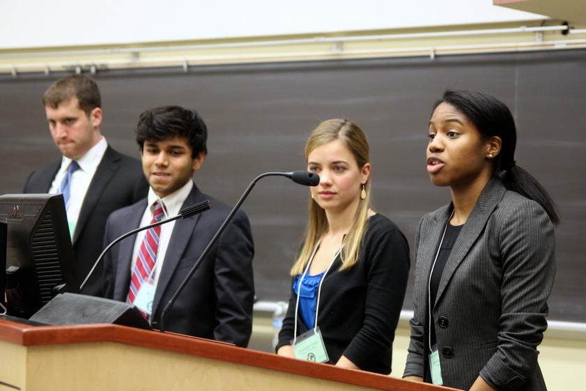 Students presenting at the 2013 Global Health Case Competition